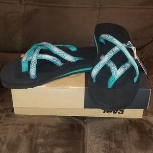 New TEVA Olowahu Sandals Isla Tropic Teal 8